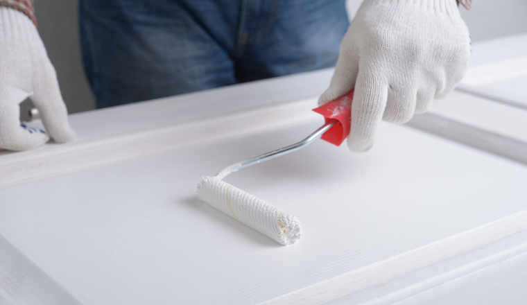 Ako natrieť drevené dvere